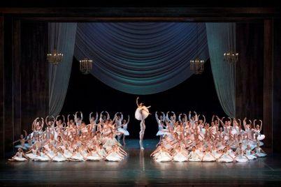 Autunno-Danza-al-Teatro-San-Carlo-di-Napoli-.jpg