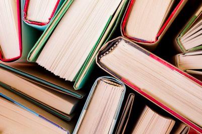 BookMob-Scambiamoci-un-libro-a-Piazza-Dante.jpg