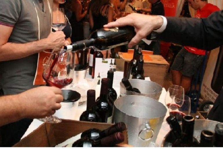 Calici-di-Stelle-festa-del-vino-nella-notte-di-San-Lorenzo.jpg