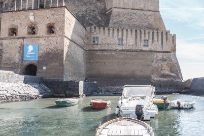 Castel-dellOvo-barca.jpg