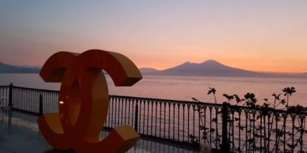 Chanel dedica una Linea di Make Up a Napoli