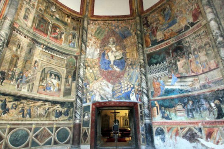 Risultati immagini per napoli da vivere Chiesa di San Giovanni a Carbonara