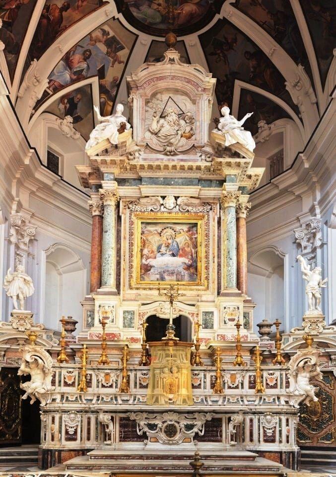 Chiesa-di-Santa-Maria-di-Costantinopoli-2.jpg