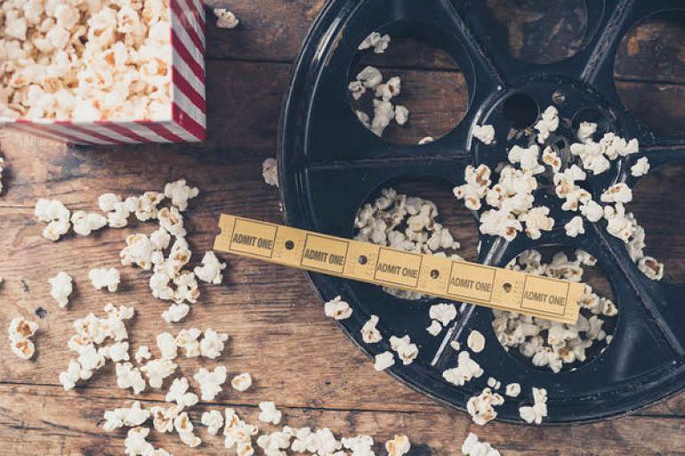 Cinema-sotto-le-Stelle-film-gratis-alla-Cartiera-di-Pompei.jpg