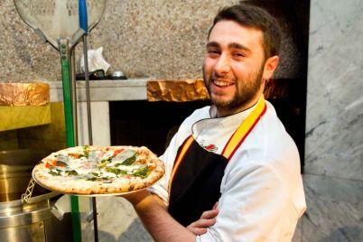 Ciro-Oliva-pizzeria-Concettina-ai-Tre-Santi-Napoli.jpg