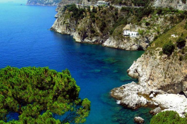 Conca-dei-Marini-candidato-come-Borgo-più-bello-d'Italia.jpg