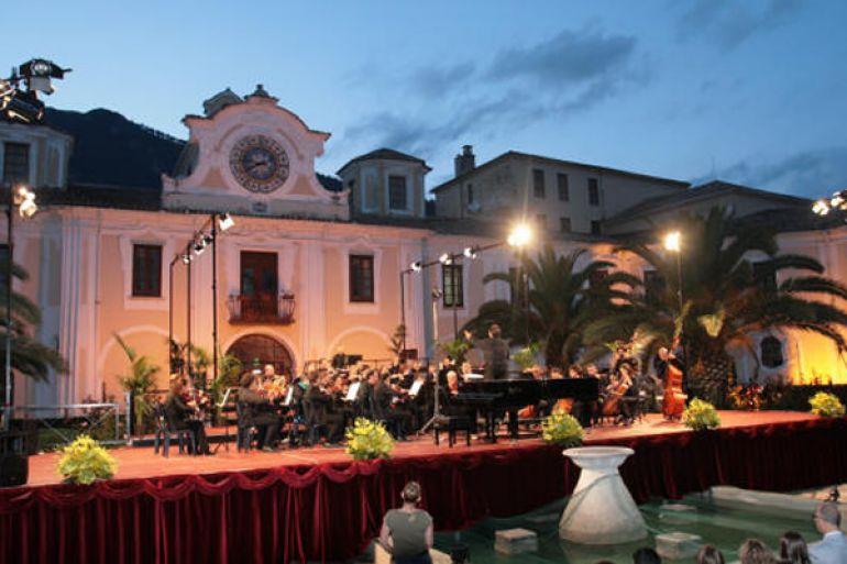 Concerti-e-Spettacoli-gratuiti-allAbbazia-di-Mercogliano-AV.jpg