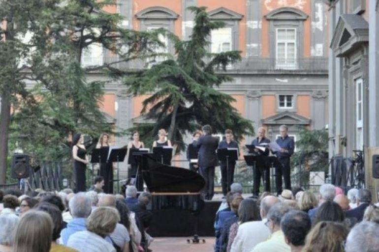 Concerti-sulle-terrazze-del-Teatro-San-Carlo-Estate-2017-a-Napoli.jpg