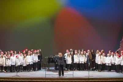 Concerto-di-Natale-2017-al-San-Carlo-per-l'ospedale-pediatrico-Santobono.jpg