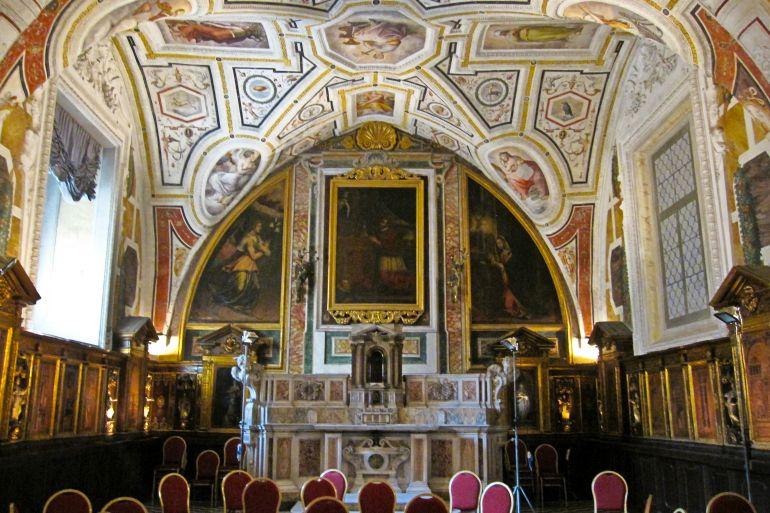 Concerto-di-Pasqua-e-Visita-nella-Chiesa-di-SantAnna-dei-Lombardi-a-Napoli.jpg