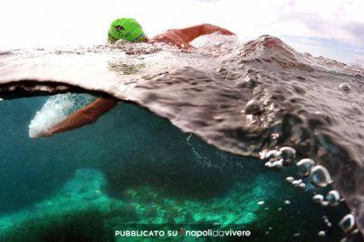 Domenica-7-settembre-gara-di-nuoto-Capri-Napoli-.jpg