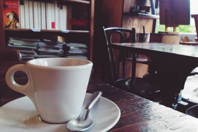 Evaluna-la-Libreria-Cafe'-alle-antiche-Mura-Greche-di-Napoli.jpg