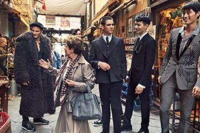 Festa-dei-30-anni-di-Dolce-Gabbana-al-Centro-Storico-di-Napoli-1.jpg