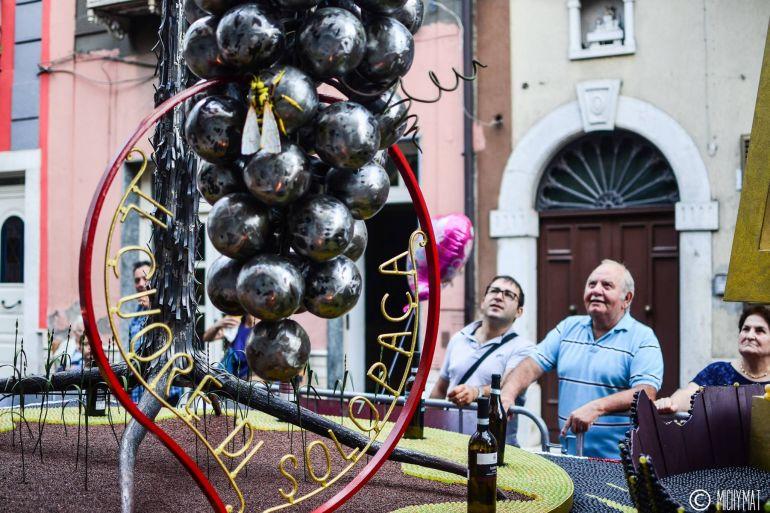 Festa-dellUva-2018-a-Solopaca-Carri-allegorici-Vino-e-Musica.jpg