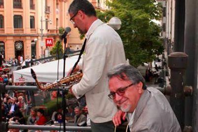 Festa-in-Piazza-Fuga-per-i-2-anni-della-Libreria-IoCiStò--e1469792744161.jpg