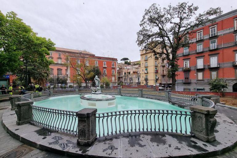 Fontana-del-Tritone-3.jpg
