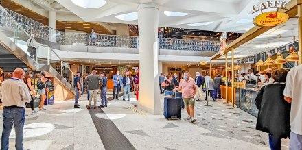 Food Hall della Stazione Centrale di Napoli: 2 piani con 14 ristoranti