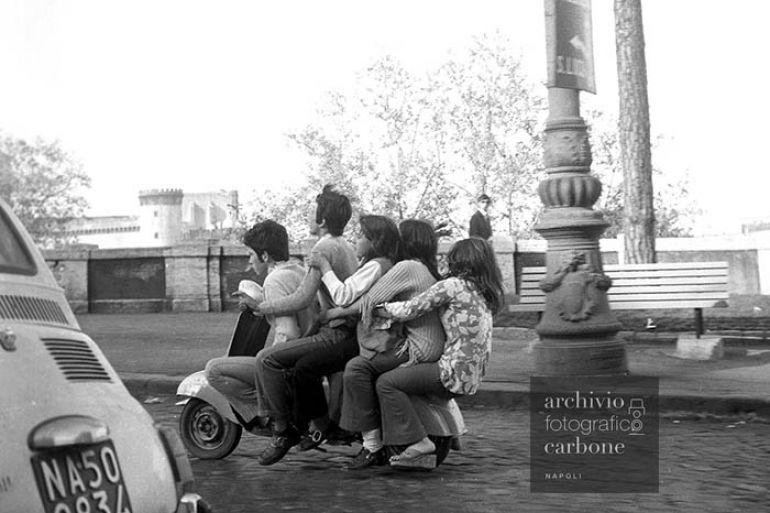 Fotografie-della-Napoli-degli-anni-50-e-60-in-mostra-allAeroporto-di-Capodichino.jpg
