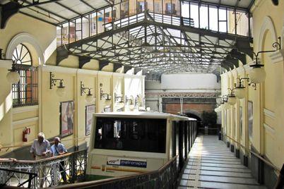 Funicolare-Centrale-di-Napoli-chiuderà-per-sei-mesi.jpg