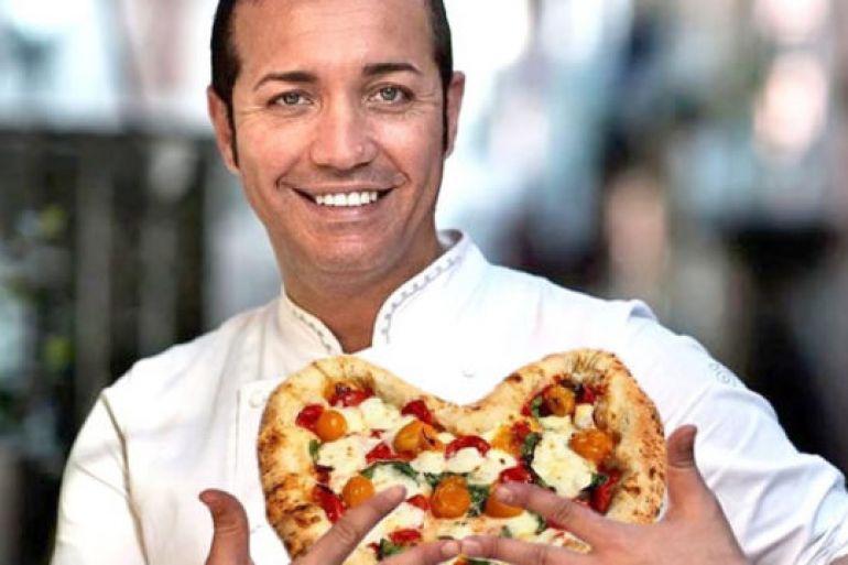 Gino sorbillo e la casa della pizza una storia di napoli for Layout di una casa di una storia