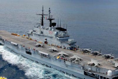 Giornata-delle-Forze-Armate-visita-alle-navi-militari-nel-porto-di-Napoli.jpg