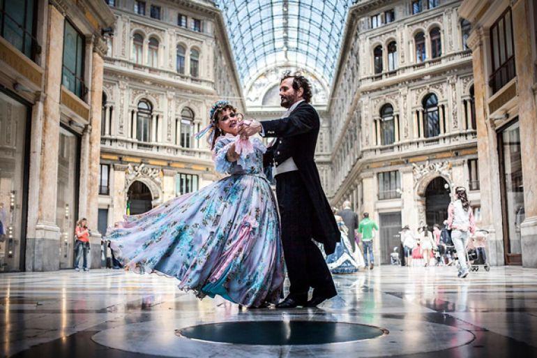 Gran-Ballo-Ottocentesco-gratis-al-Maschio-Angioino1.jpg
