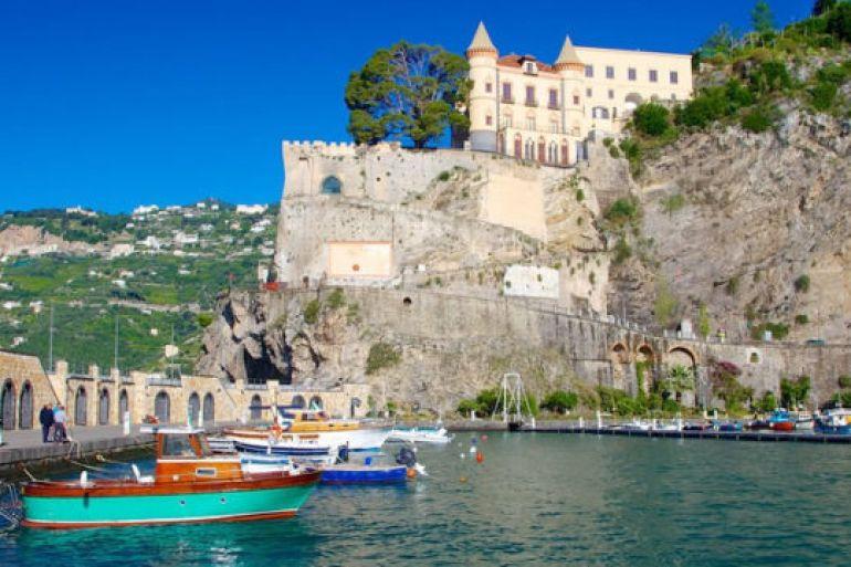 Gran-Carnevale-di-Maiori-in-Costiera-Amalfitana.jpg