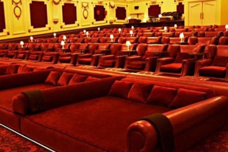 Hart, il cinema con i letti a Napoli: tutto quello che c\'è da ...