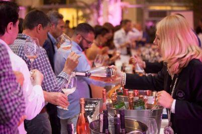 I-Drink-Pink-2017-al-Castello-de-Vita-Serata-del-Gambero-Rosso-a-Posillipo.jpg