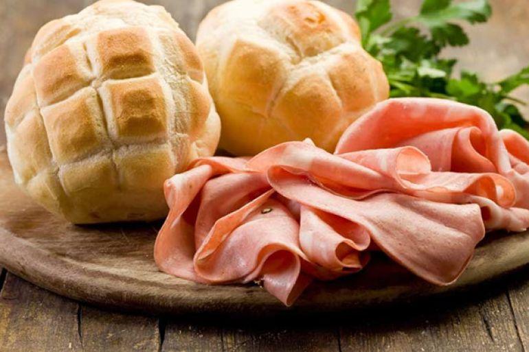 I-Love-Murtadell-il-primo-Street-Food-di-sola-Mortadella-a-Napoli.jpg