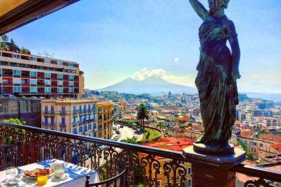 Il-Buongiorno-di-WineThecity-colazione-panoramica-al-Grand-Hotel-Parker's.jpg