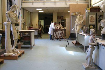 Il-Restauro-Svelato-di-notte-ad-1-euro-al-nuovo-laboratorio-di-restauro-del-MANN.jpg