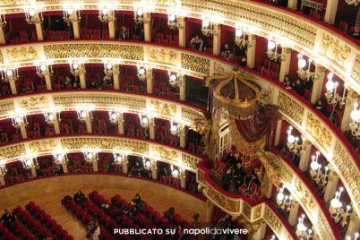 Il-Teatro-San-Carlo-con-Andrea-Chenier-gratis-contro-la-violenza.jpg