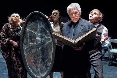 Il-fu-Mattia-Pascal-in-scena-al-Teatro-Augusteo-con-tato-russo.jpg