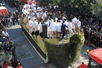 L'antica-festa-di-Sant'Antuono-le-Battuglie-di-Pastellessa-a-Macerata-Campania1.jpg