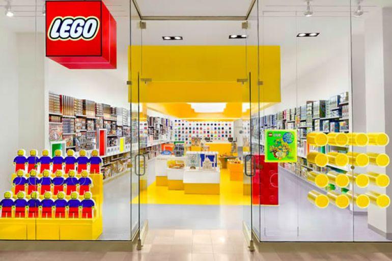 LEGO Store apre al Centro Commerciale Campania - Napoli da ...