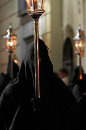 Le due storiche Processioni del Venerdì Santo a Sorrento