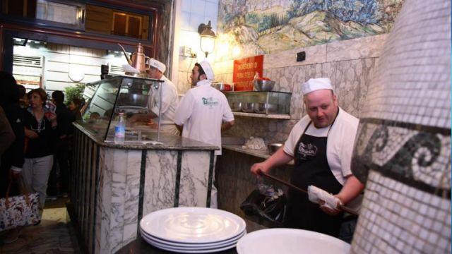 La-Storica-Pizzeria-Trianon-apre-a-Sorrento.jpg