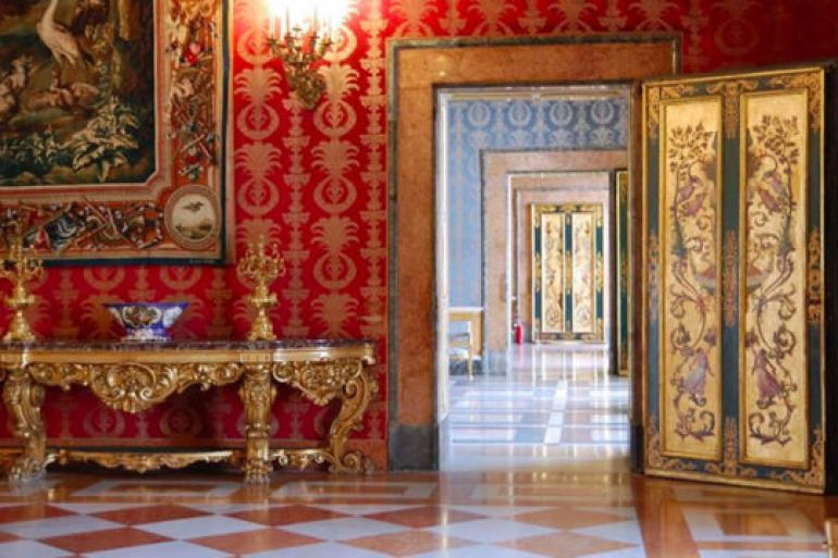 Le-Stanze-private-della-Regina-aperte-al-pubblico-al-Palazzo-Reale-di-Napoli.jpg
