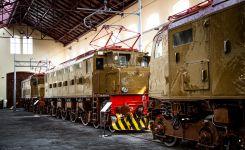Locomotiva-Elettrica-E326.004-PIetrarsa-scaled.jpg