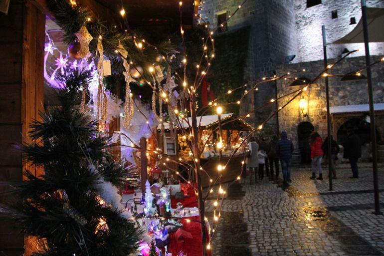 Mercatini-di-Natale-2017-al-Castello-di-Limatola.jpg