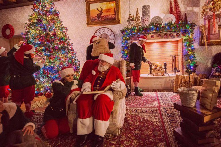 Immagini Del Villaggio Di Babbo Natale.Mercatini E Villaggio Di Natale 2018 A Valle Dell Orso Na