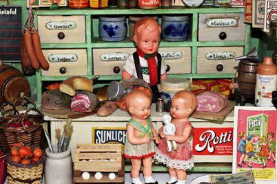Mostra-sui-Giocattoli-dal-700-alle-Barbie-a-San-Domenico-Maggiore.jpg