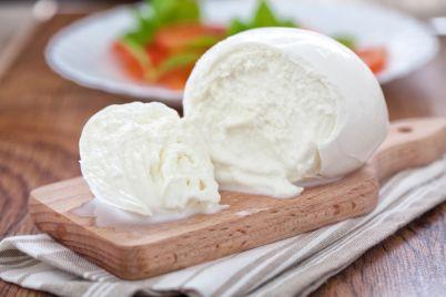 """MozzarelliAmo""""-la-grande-festa-della-mozzarella-di-bufala-campana-dop-alla-Vaccheria-di-Caserta.jpg"""