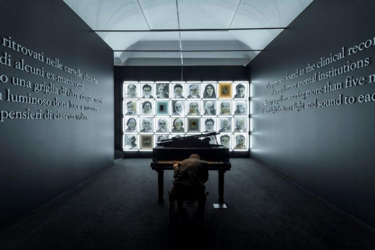 Museo-della-Follia-la-mostra-a-cura-di-Vittorio-Sgarbi-a-napoli.jpg