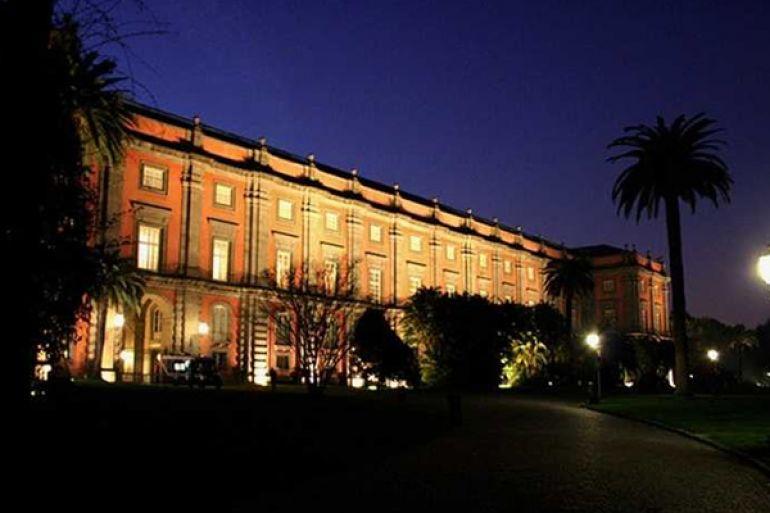 Museo-di-Capodimonte-di-Napoli-aperto-di-Notte.jpg