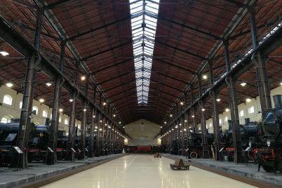 Museo-di-Pietrarsa-Treno-storico.jpg