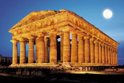 Musica-di-notte-nei-Templi-di-Paestum.jpg