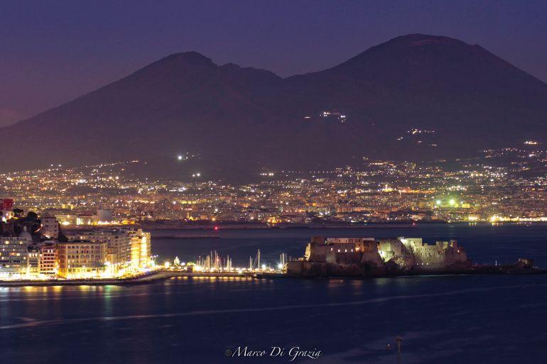 Napoli-di-Notte.jpeg