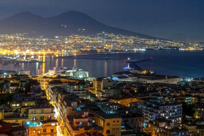 Napoli-di-notte.png